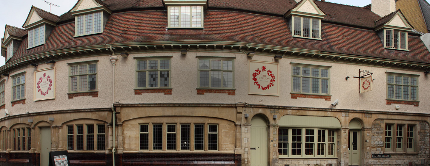 The Red Lion Pub & Restaurant in Oxford, Oxfordshire